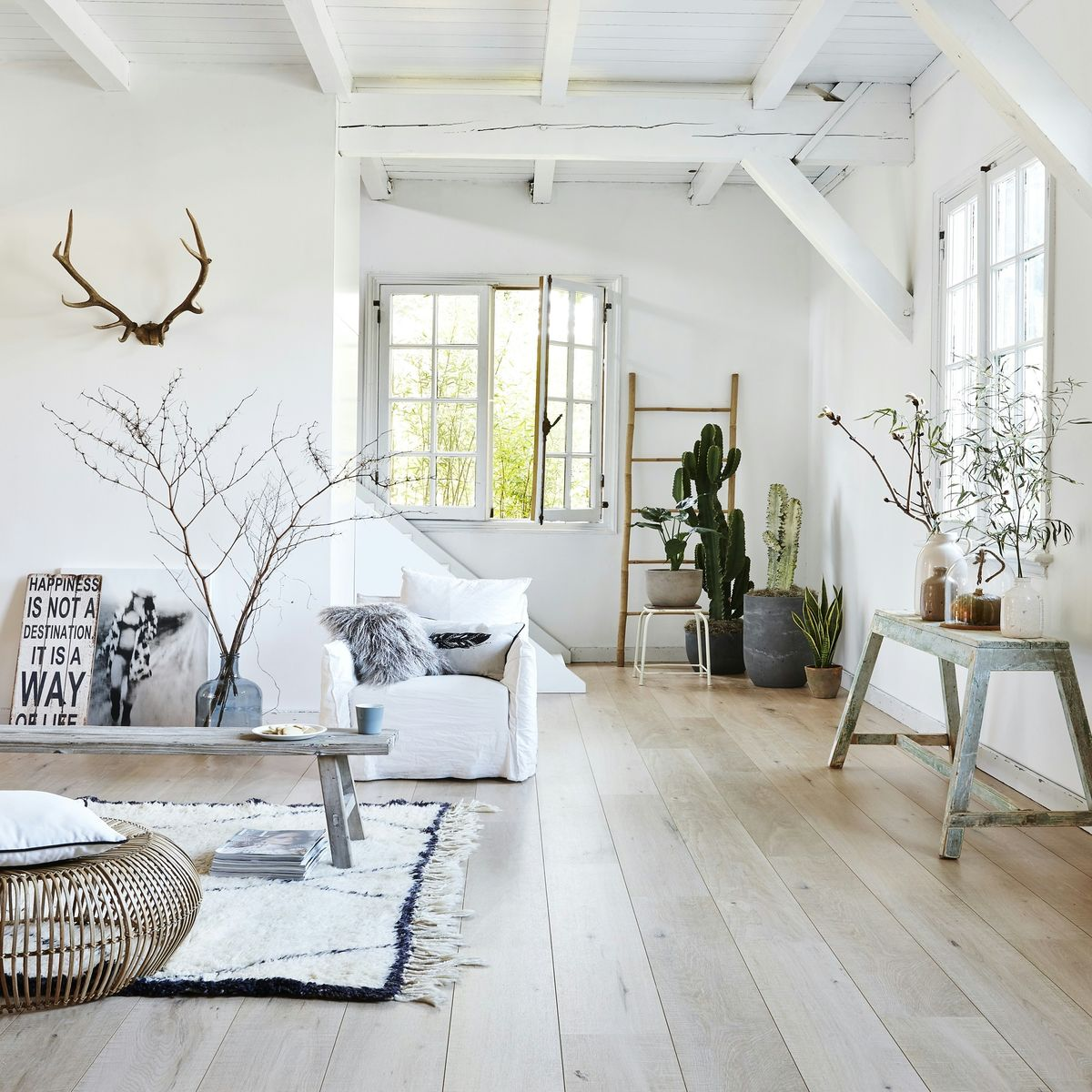 Moderne vloertegels woonkamer voorbeelden tg wonen shop for Moderne woonkamer